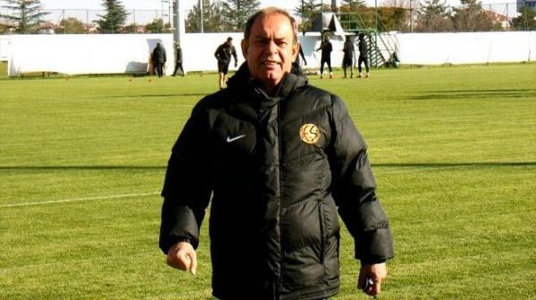 Eskişehirspor Teknik Direktörü Yücel İldiz'den sakatlık açıklaması