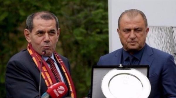 Galatasaray yönetimi yeni hoca konusunda ikiye ayrıldı! Ya Terim ya da...