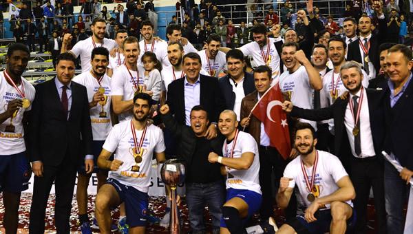 Halkbank 7.kez kupa şampiyonu