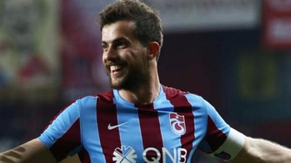 Başakşehir'den sürpriz transfer hamlesi!