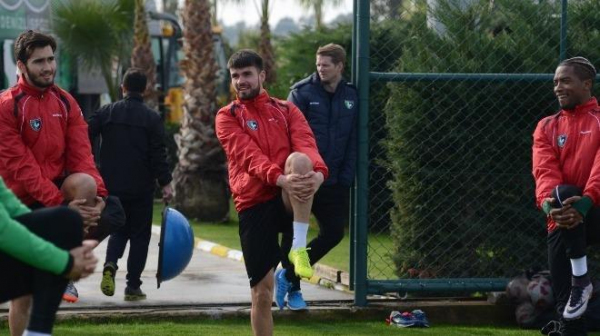 Denizlispor'da transfer hareketliliği