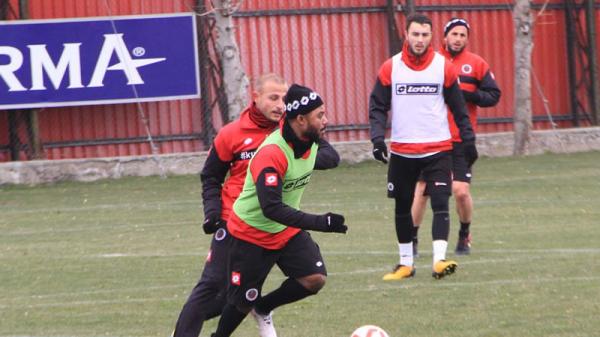 Gençler'de Beşiktaş hazırlıkları tamam