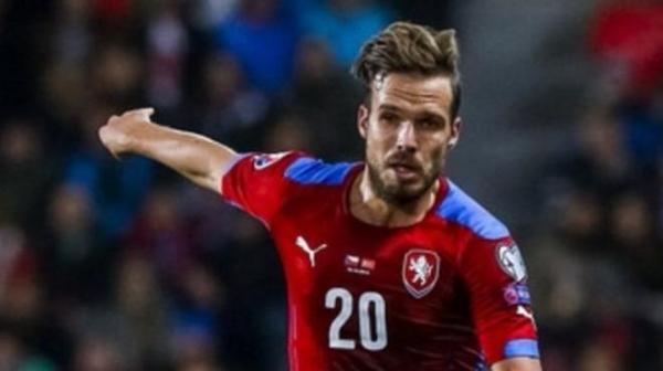 Trabzonspor'da sol bek transferinde atak