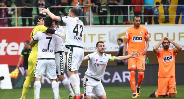 Atiker Konyaspor 10 kişi kazandı