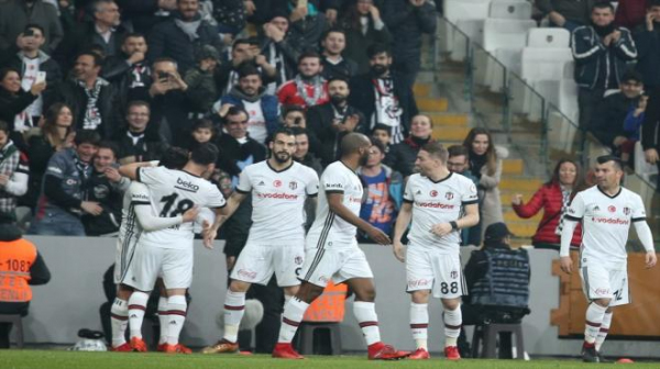 Beşiktaş'ın derbide rakibi Fenerbahçe