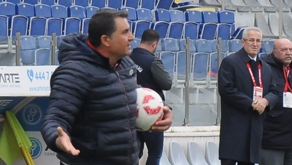 Mustafa Kaplan: Şampiyonluk mücadelemiz bitmedi...