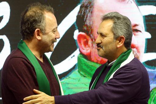 Sergen Yalçın, Atiker Konyaspor ile imzaladı