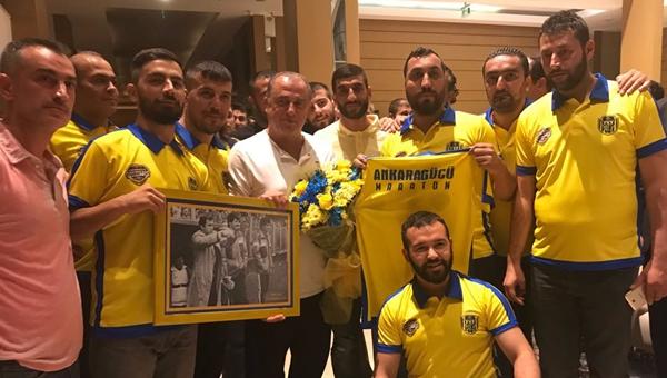 Yenidoğanlı Güçlülerden Fatih Terim'e ziyaret...