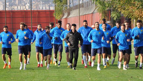 Gençlerbirliği kapılarını Ankaragücü'ne açtı...
