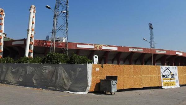 Yıkılan stada yıkımı durdurma kararı aldılar...