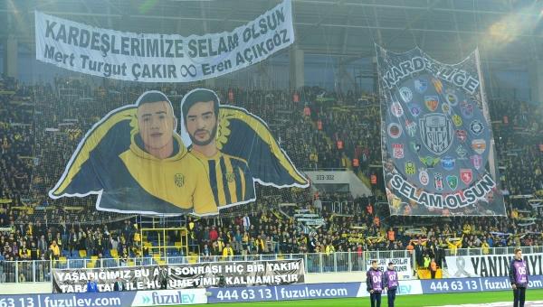 Ankaragücü-Bursaspor maçında anlamlı buluşma