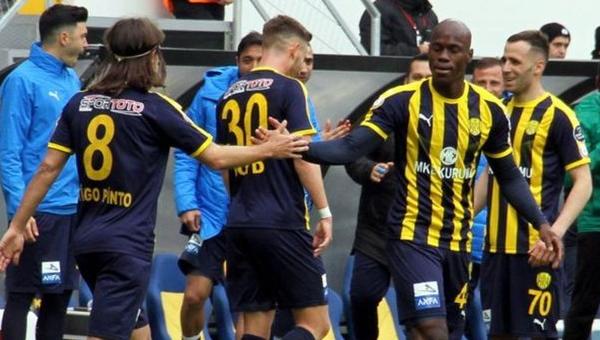 Ankaragücü'nün defansında sarı kart alarmı