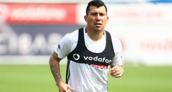 Beşiktaş'a iki iyi, bir kötü haber