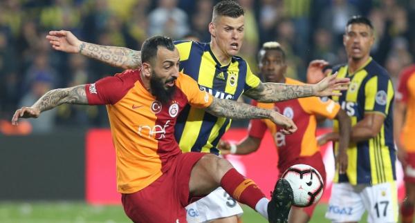 Futbolseverler Fenerbahçe-Galatasaray derbilerinde gole hasret
