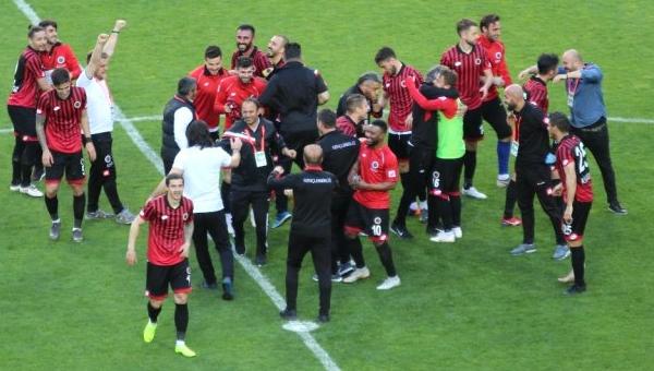 Gençlerbirliği yeniden Süper Lig'de...