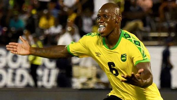 Dever Orgill yıldızlaştı, Jamaika kazandı