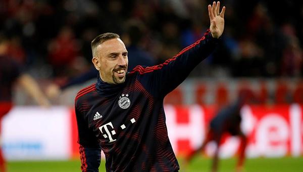 Franck Ribery: ''İki yıl daha üst düzey bir kulüpte oynamak istiyorum''