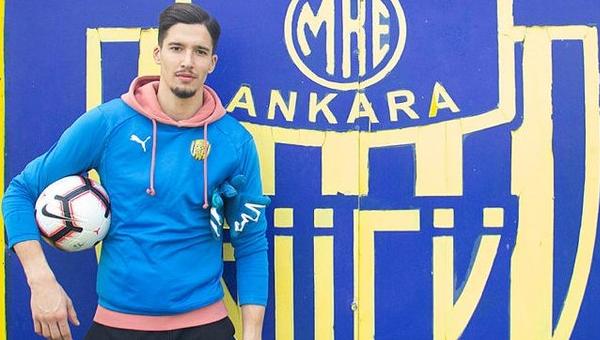 Mehmet Yiğiner açıkladı: Altay Bayındır, Fenerbahçe'ye satıldı mı?