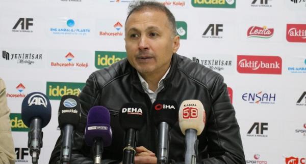 Ahmet Taşyürek 1 yıl daha Ümraniyespor'da
