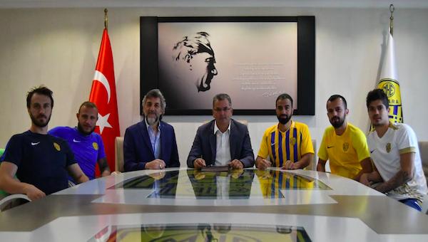 Ankaragücü'nde beş yerli oyuncu takımda kaldı