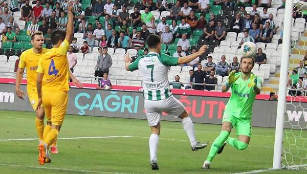 Ankaragücü, Konya'dan eli dolu döndü!