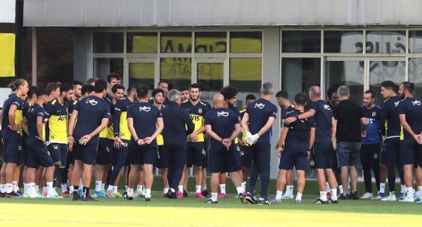 Fenerbahçe'de kadro şekilleniyor