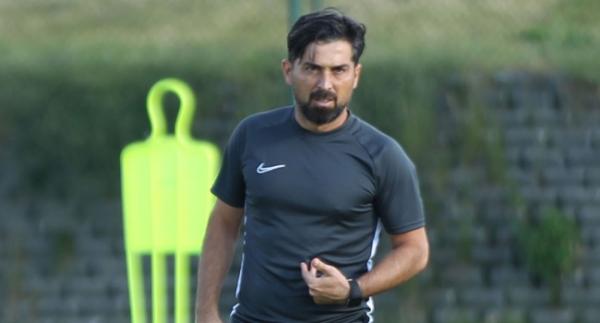 TFF 1. Lig'de 10 ekip teknik direktörünü değiştirmedi