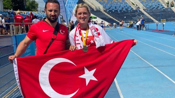Fatma Damla Altın dünya şampiyonu oldu