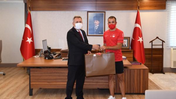 Kayhan Özer'in hedefi olimpiyatta altın madalya!