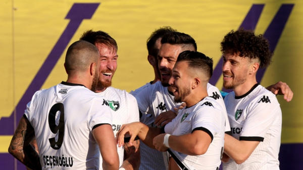 Yeni transferlerle gelen 3 puan Denizlispor'u umutlandırdı