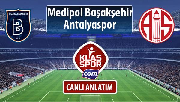 İşte M.Başakşehir - Antalyaspor maçında ilk 11'ler